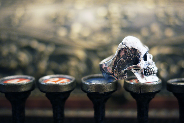crazy pig designs skull rings
