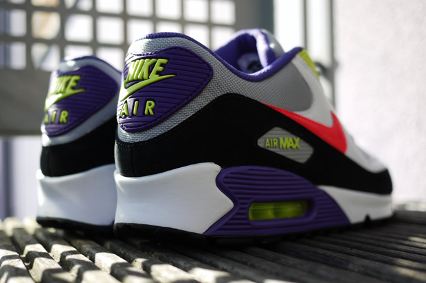 nike air max 90 at foot locker