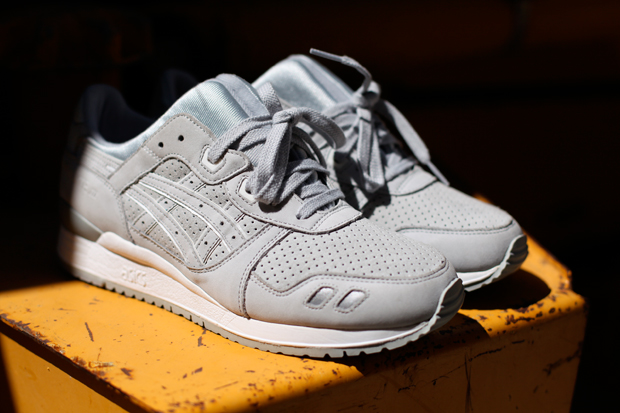 Retailer and media outlet Nice Kicks and Ronnie Fieg come together on a  second collaborative ASICS GEL LYTE III. While the original co-branded  release ...