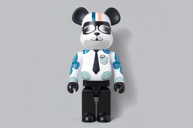 paul joe x medicom toy bearbrick preview