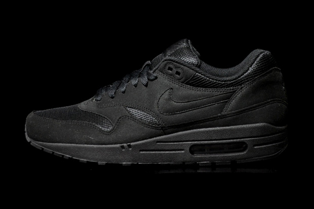 "newest 10438 027a5 Nike Sportswear will continue on the ""Black Pack"" ..."