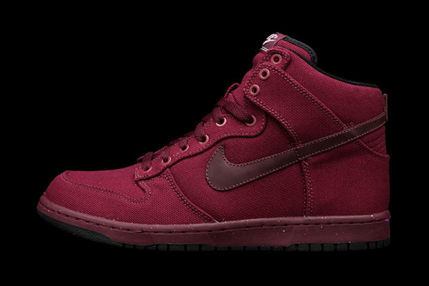 Nike Dunk Hi Canvas Burgundy