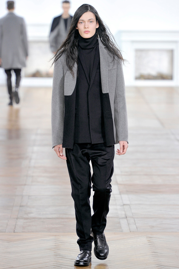 http://hypebeast.com/2011/1/dior-homme-2011-fallwinter-collection