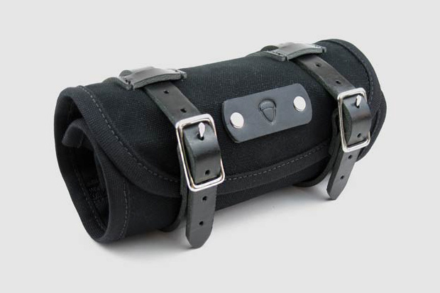 Comprised Of A Husband And Wife Team Acorn Bags Has Developed Great Selection For Cyclists Highlight Here Is The Roll Bag Which Offers You