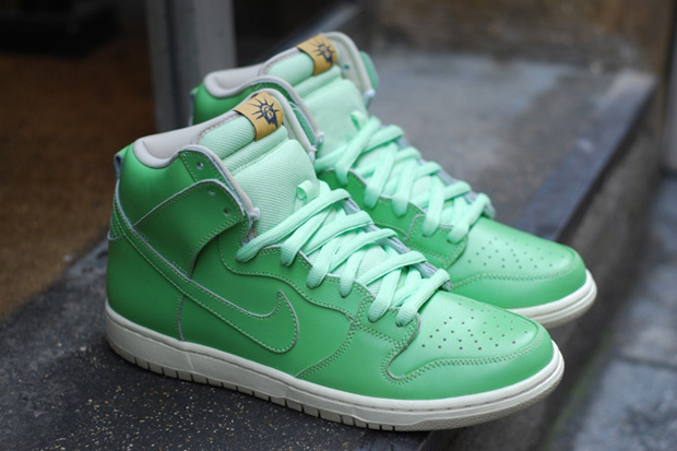 "Arguably the best 2011 release from Nike SB thus far, its ""Statue of Liberty""  Dunk High ..."