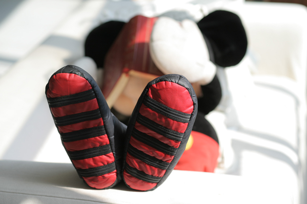 clot x disney homey roomie mickey mouse moccasin