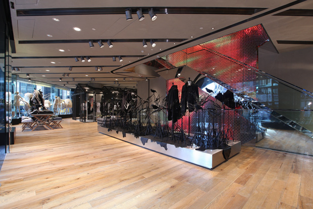 i t hysan store opening