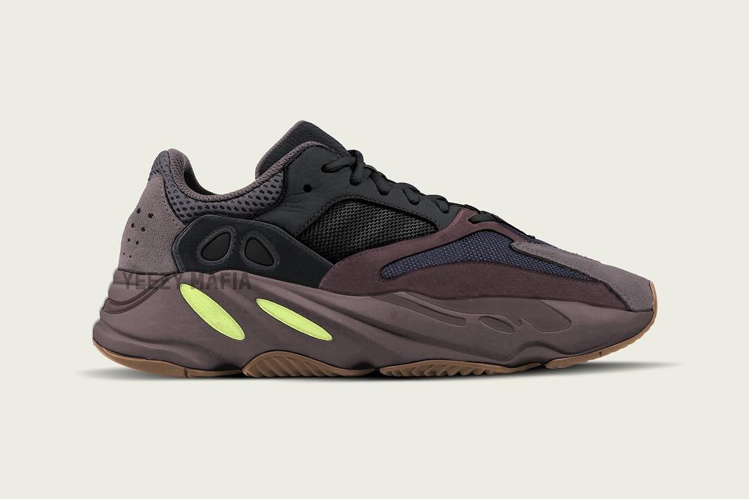 huge selection of ee973 c833a adidas YEEZY BOOST 700 Wave Runner