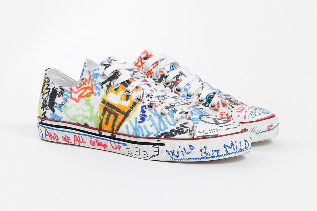 a1c3e1f7dcc2 Vetements Graffiti Sneakers