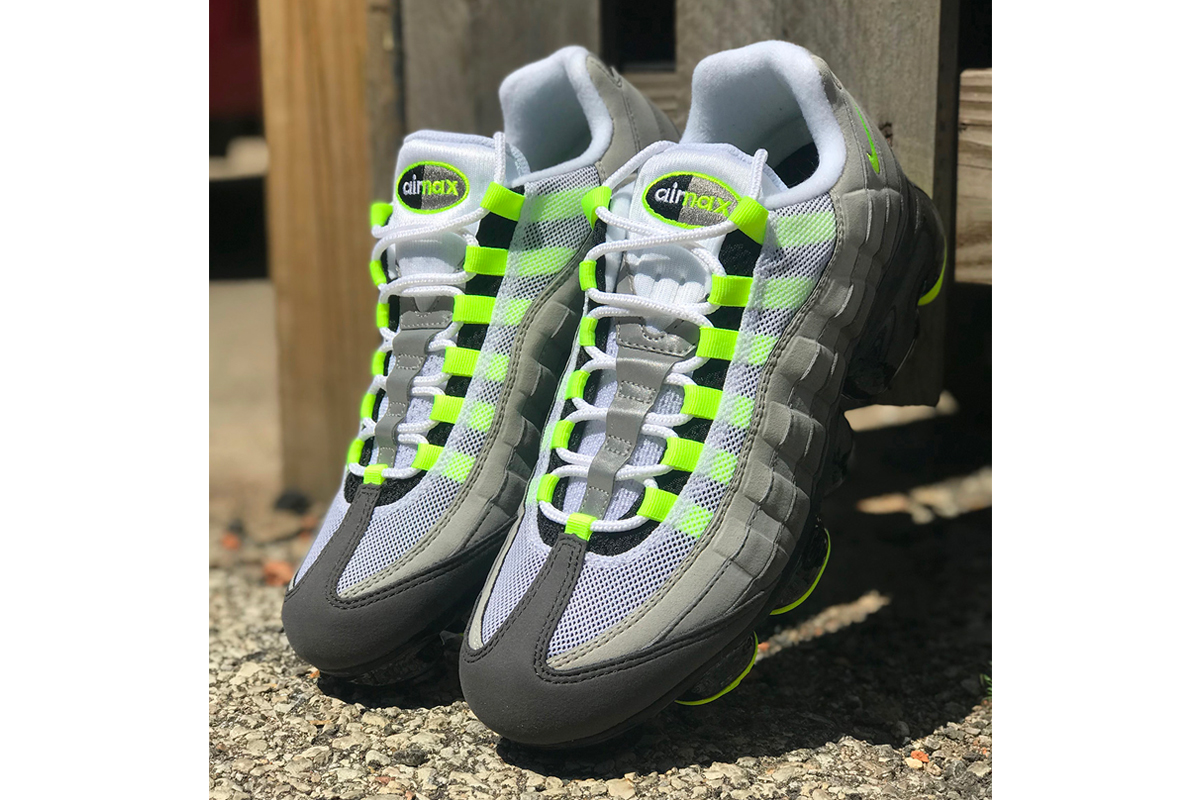 Nike Air Vapormax 95 OG Neon Release Date Another Look Info black White Grey Green Max