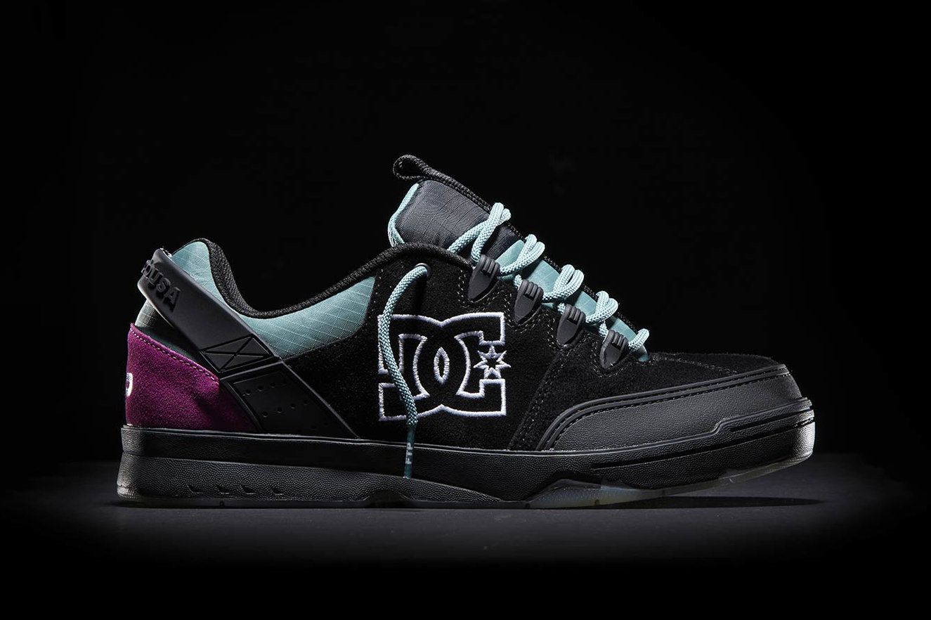 Black To White To Blue Dc Shoes