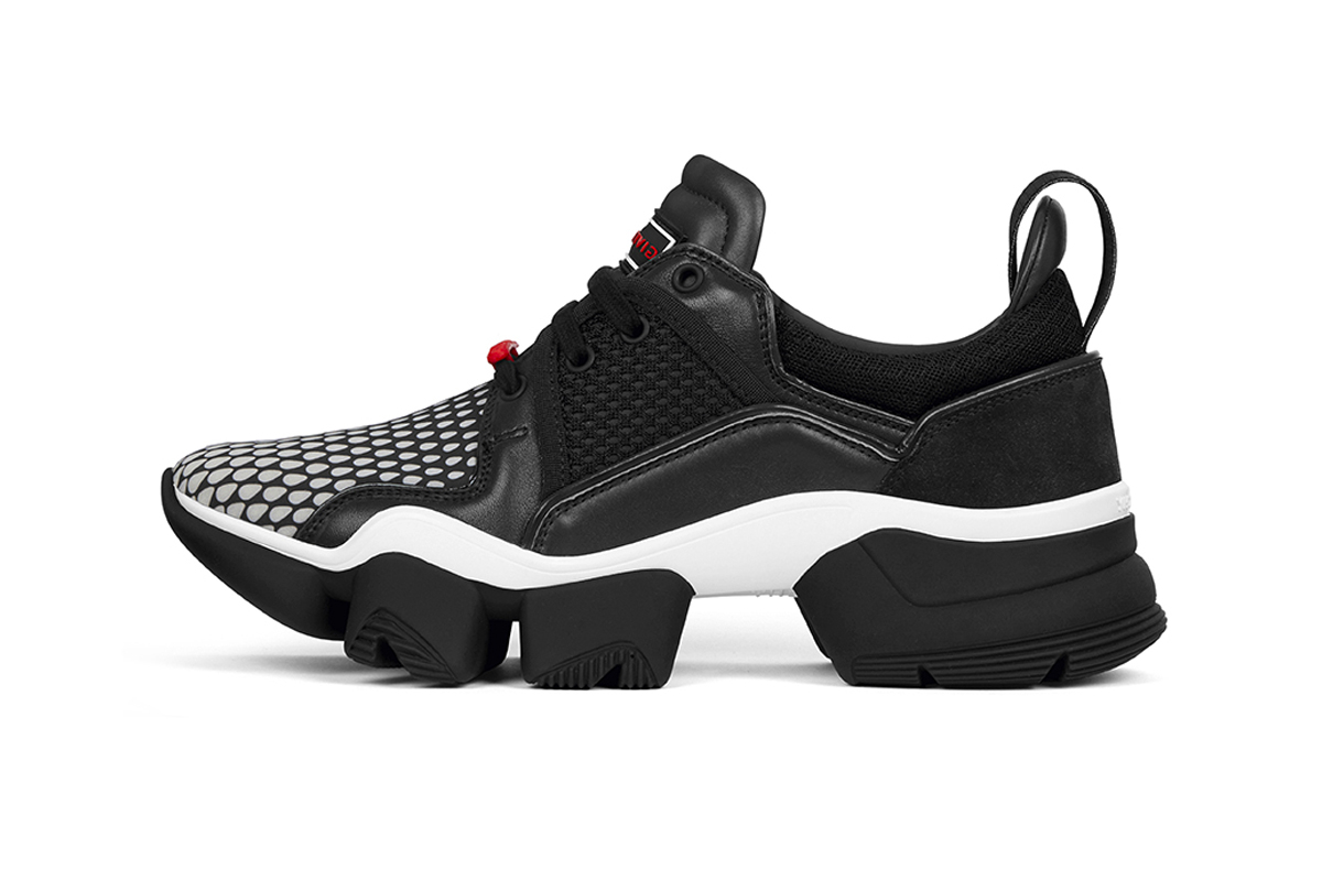 7e73e6af2bc8 Givenchy Low-Top JAW Sneaker Release
