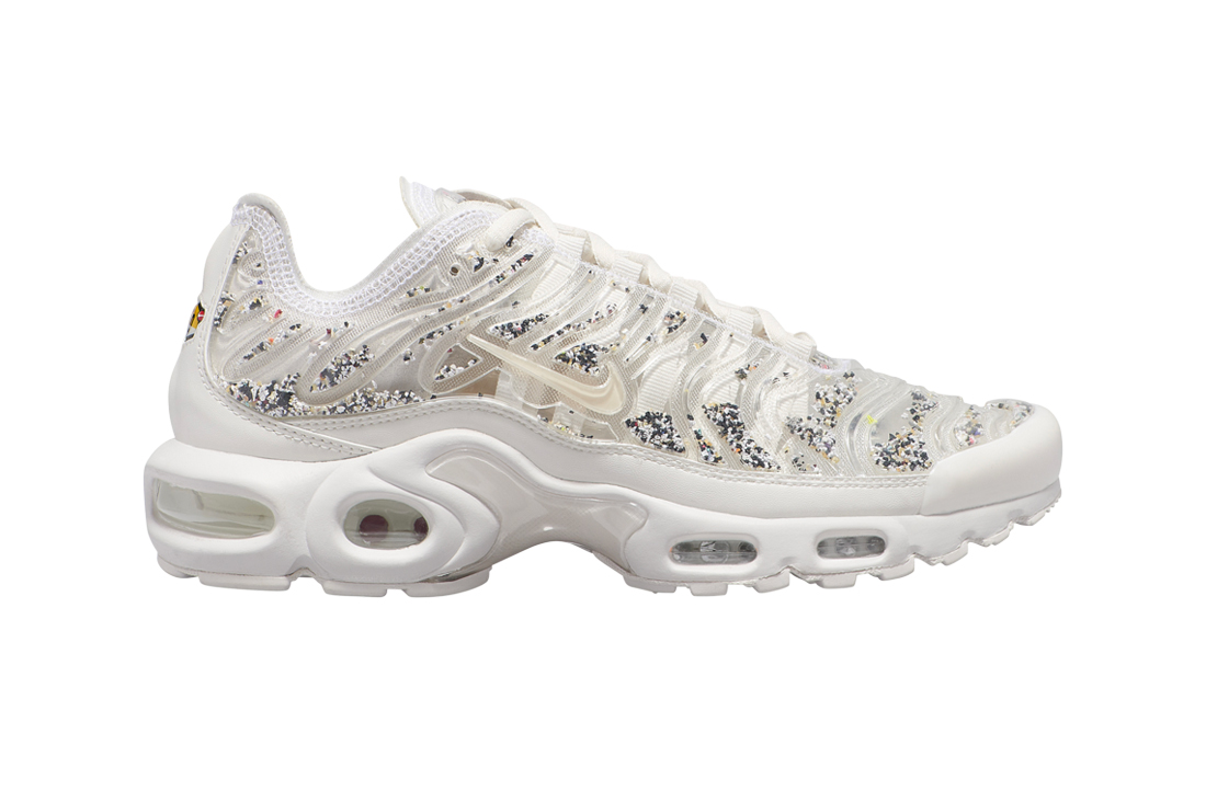 Nike Air Max Plus All-White Graphic Underlay Release info drop date pricing AR0970-002 stockist TN