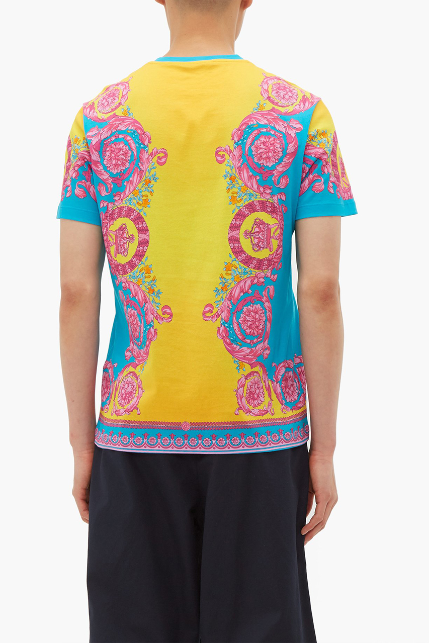 Versace Medusa Head and Crown Print T-Shirt Lightweight Jacket Pre-Fall 2019 Donatella Vibrant Festival Season Wardrobe Pieces Italian High End MATCHESFASHION Shop