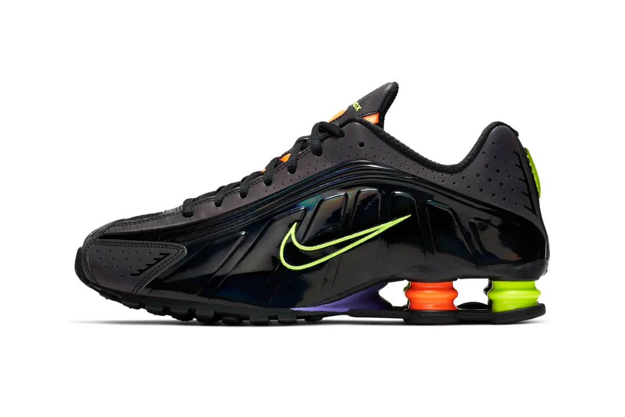 huge discount 2b2f7 59bdd Nike's Shox R4 Gets a Reflective and Retro Makeover | True ...