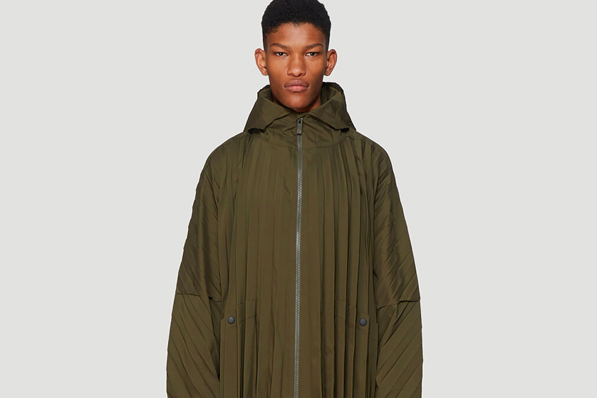 HOMME PLISSÉ ISSEY MIYAKE Olive Pleated Coat