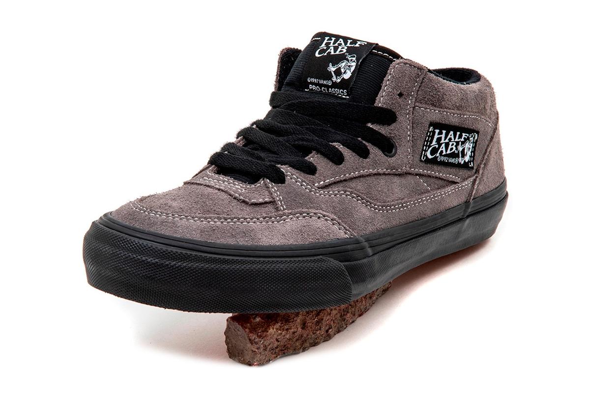 Uprise Skateshop Vans Half Cab Pro Charcoal Gray Cream White suede skate shoes skateboarding ultracrush pro footwear sneakers trainers runners 1989 sockliner Caballero Pro