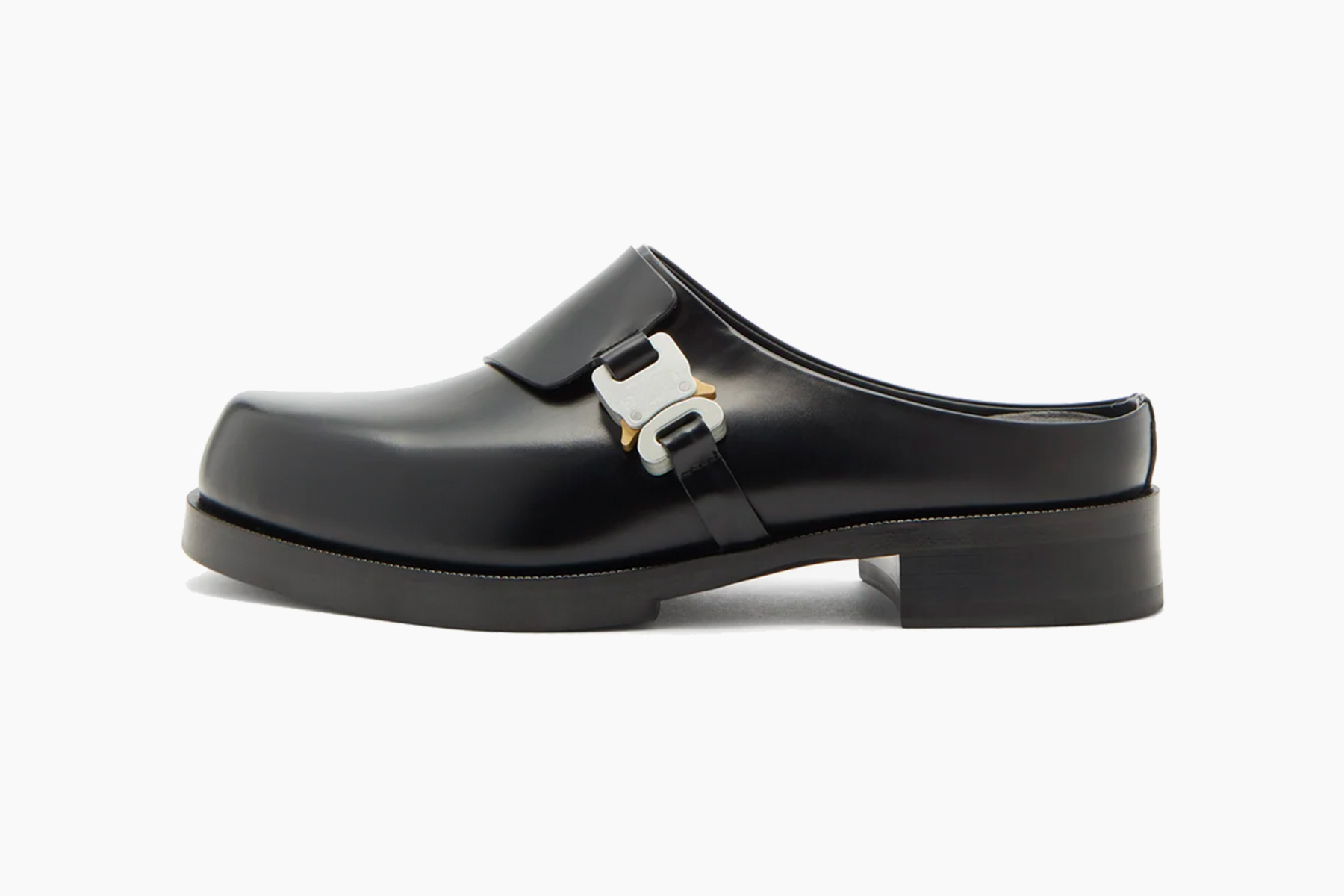 1017 ALYX 9SM Rollercoaster-Buckle Leather Clogs