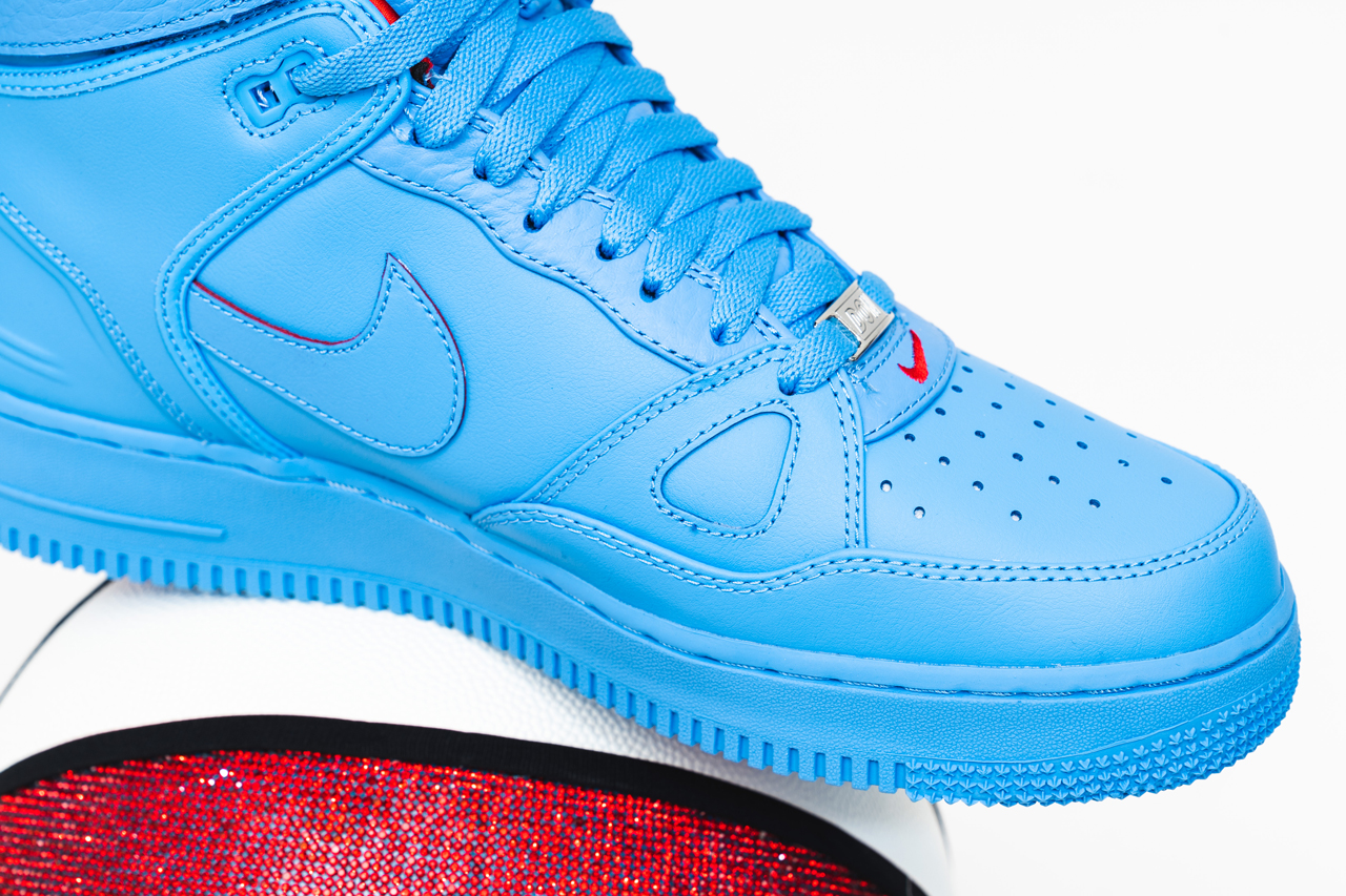 "Just Don's Nike Air Force 1 Hi ""Chicago"" Melds the AF 1, 2"