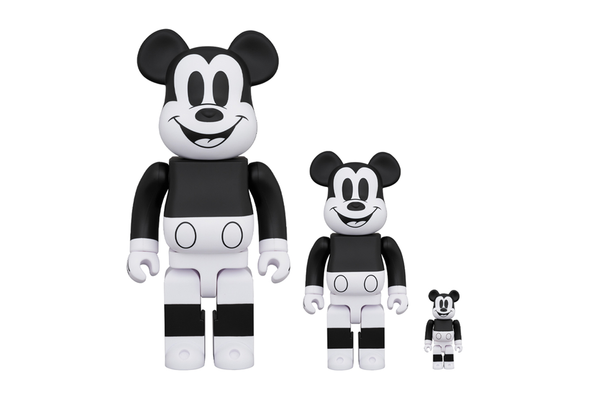 Medicom Toy mickey mouse 100 400 1000 Percent BEARBRICK Release disney steamboat 1928 black and white monochromatic spring summer 2020 collection toys figures