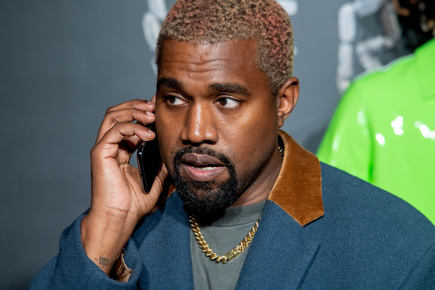 战况白热化!Kanye West 公开与 Drake 私下争吵细节