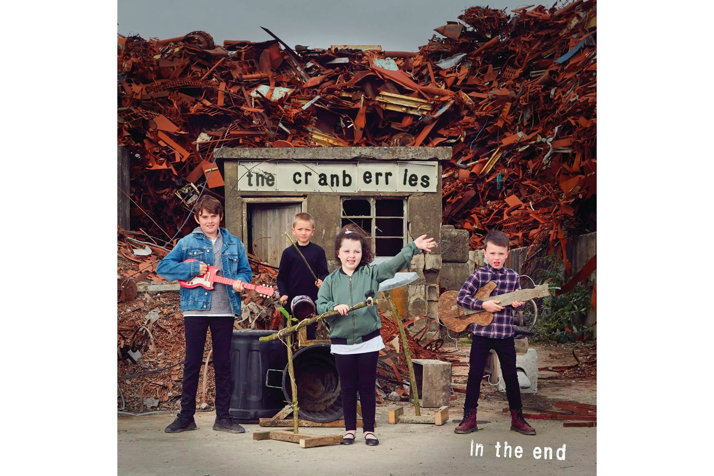 The Cranberries 发布告别歌曲《In the End》致敬主唱 Dolores O'Riordan