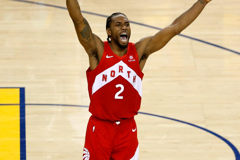 消息称 Lakers 下一交易目标将锁定 Kawhi Leonard