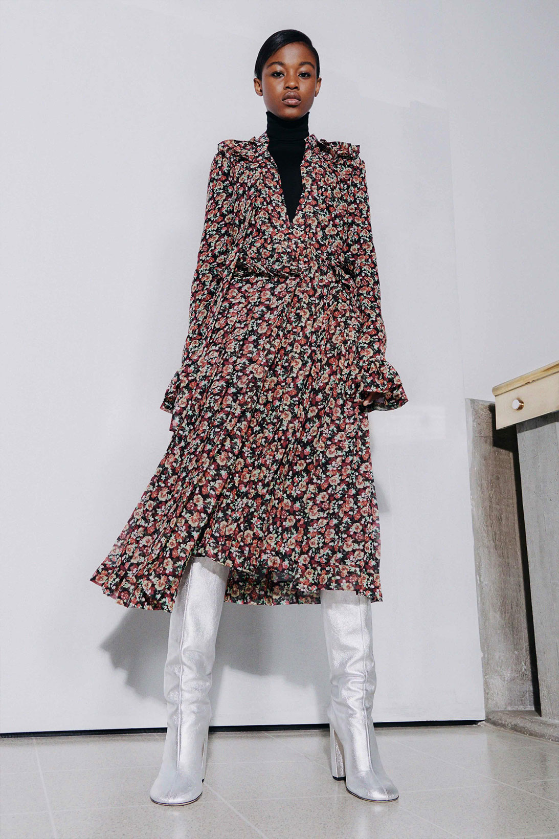 victoria beckham fall winter 2021 fw21 collection floral frill dress silver boots